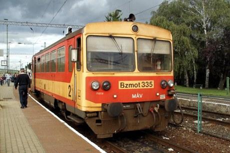9.9.2007 - Hidasnémeti: Bzmot335 ako os. vlak 35253 Hidasnémeti – Abaújszántó © Ing. Peter Antoš