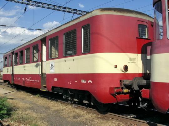 25.08.2007 - Břeclav: 022.005-3 od Os 4519 ze Znojma při objíždění lokomotivou © PhDr. Zbyněk Zlinský