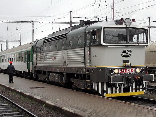 Výpravčí zatím Českým drahám zůstanou (Jihlava 9.4.2005) © PhDr. Zbyněk Zlinský