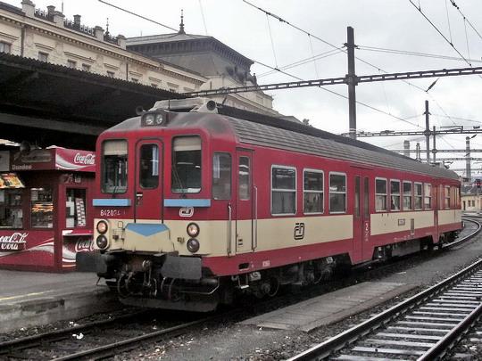 09.04.2005 - Brno hl.n.: 842.034-1 od Os 4108 Veselí nad Moravou - Brno © PhDr. Zbyněk Zlinský