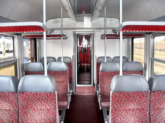 17.09.2006 - Jihlava: vůz 043.006-6 - střední oddíl pro cestující © PhDr. Zbyněk Zlinský