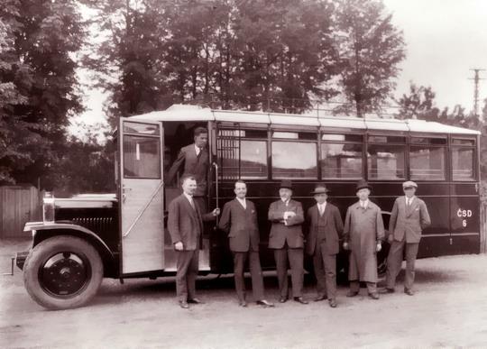 Jeden z prvních autobusů ČSD - Praga NO, karoserie Studénka (1928) - archiv ČKD Vagonka