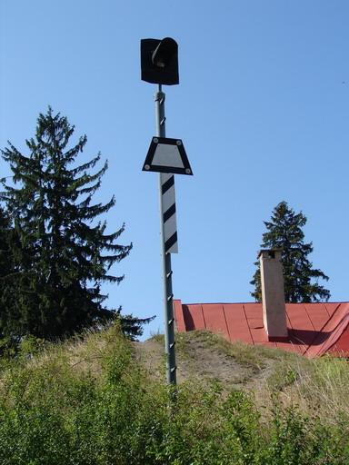 AŽD70 – Lichobežníková tabuľka preddopravňou sosamovratnými výmenami, Banská Štiavnica, 14.8. 2007... © Ing. Marko Engler