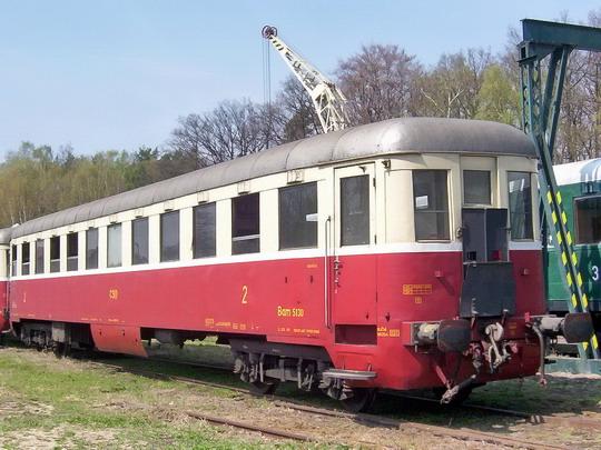 26.04.2003 - Lužná u Rak.: plzeňský přípojný vůz Bam 5130 (Studénka 1949 - 1950) © PhDr. Zbyněk Zlinský