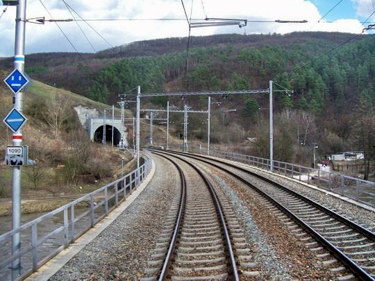 4.4.2006 - Obřanský tunel - 9. ze 13 tunelů na trase © foto Bednář