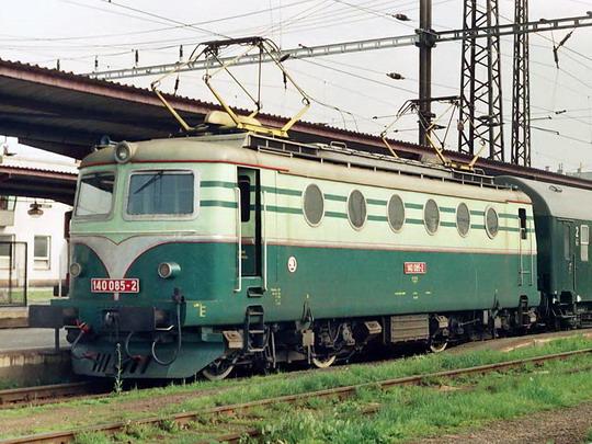 26.05.1994 - Val. Meziříčí: 140.085 Os 3208 © Václav Vyskočil