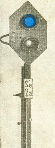 """""""Zriaďovacie návestidlo"""", návesť """"Posunovanie zakázané"""", zrejme Praha... © Lit. [11] D1 rok 1947"""