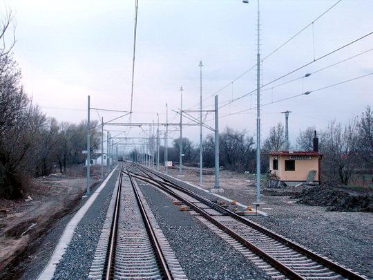 Brestovany - koľajové spojky pri bývalom St. 1 tvoria tzv. výhybňu, 19. 3. 2008... © Ing. Marko Engler