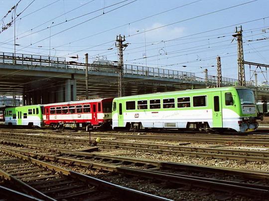 11.03.2004 - Praha Masarykovo n.: 812.613 + 011.434 + 912.001 jako Sp 1892 © Václav Vyskočil