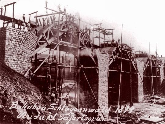 Horní Slavkov stavba viaduktu 1899  -  z archivu spolku M 131.1 Sokolov