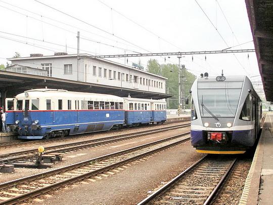 06.05.2006 - Zvolen os. st.: klasický motorový vlak M 274.004 + Calm 5-0038 a motorová jednotka 840.001-2 © PhDr. Zbyněk Zlinský