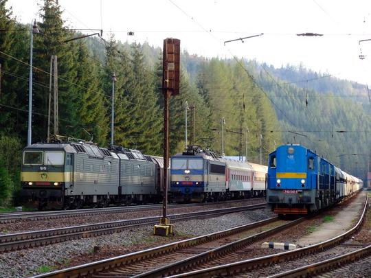 02.05.2008 - Východná: ZSSK Cargo, ZSSK a súkromníci alebo 131.068-9, 363.107-4 na R 1507 a 740.541-8 © 362.001