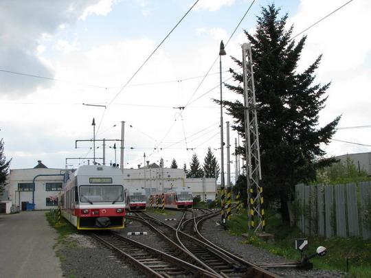 05.05.2008 - RD Poprad: 425.957-8, 425.953-7 a 425.958-6 © PhDr. Zbyněk Zlinský