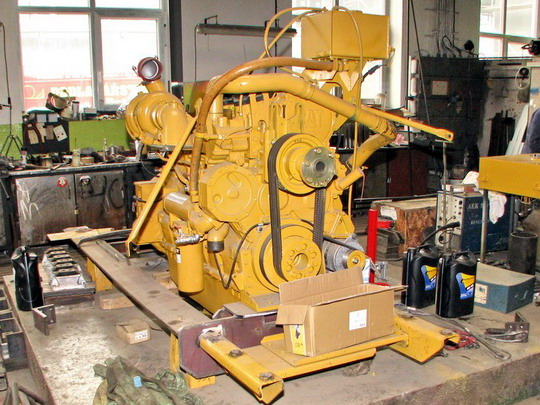 22.05.2008 - CZ LOKO Jihlava: motorárna - motor Caterpillar © PhDr. Zbyněk Zlinský