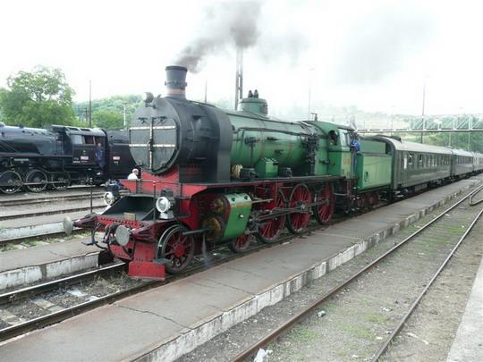 22.6.2008 - Somoskoujfalú: po nastúpení 109 109 na vlak © Jozef Michalko