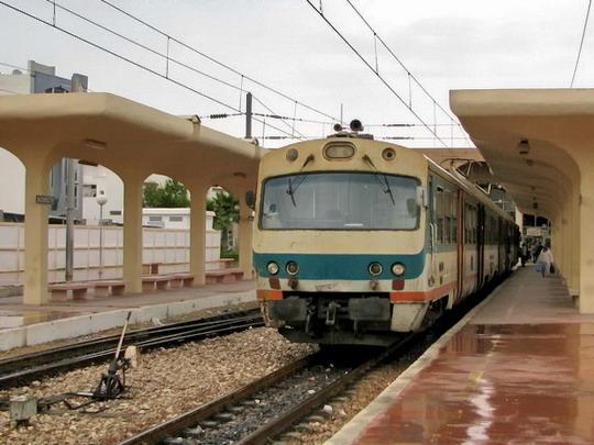 08.06.2008 - Monastir: jednotka YZ-E-004 jako vlak 509 Sousse Bab el Jedid - Moknine © PhDr. Zbyněk Zlinský
