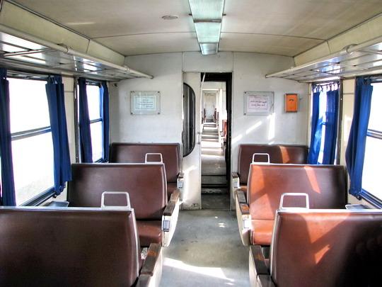 08.06.2008 - na trati: prázdný interiér vloženého vozu YZ-E-004C na vlaku 509 Sousse Bab el Jedid - Moknine © PhDr. Zbyněk Zlinský