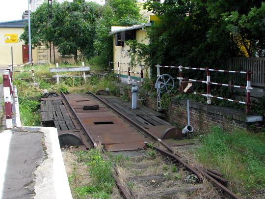 19.07.2008 - Jelenia Góra: trochu železniční nostalgie na závěr - segmentová výhybka © PhDr. Zbyněk Zlinský