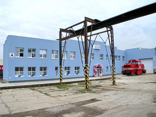 23.07.2008 - CZ LOKO Jihlava: nová 719.701-5 před novou budovou © PhDr. Zbyněk Zlinský
