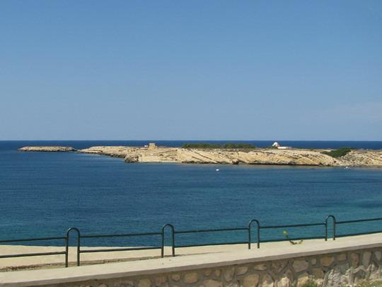 14.06.2008 - Monastir: ostrov El Hamem a poloostrov Ghedamsi (foto z autobusu) © PhDr. Zbyněk Zlinský