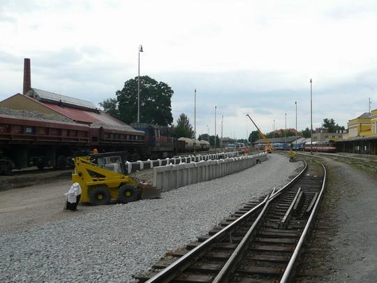 23.7.2008 - žst. Šumperk: Výstavba nástupiště číslo 3 © Ing.Karel Kubátka