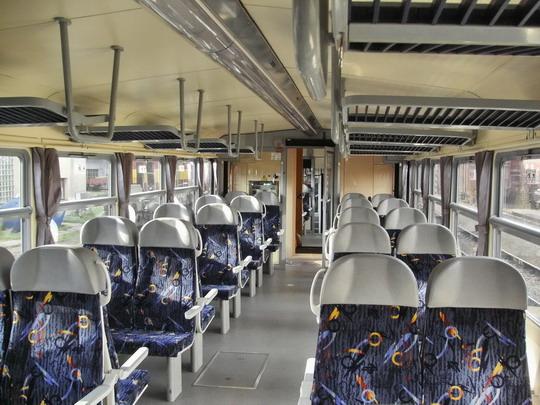 29.09.2007 - Břeclav: 814.209-2 - oddíl pro cestující, pohled dozadu © PhDr. Zbyněk Zlinský