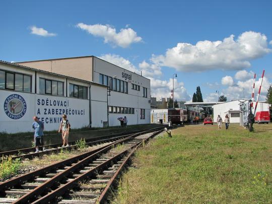 30.08.2008 - Hradec Králové, areál SignalMont: muzejní expozice a zvláštní vlak na hlavní nádraží © PhDr. Zbyněk Zlinský