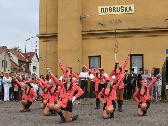 07.09.2008 - Dobruška: mažoretky v akci © PhDr. Zbyněk Zlinský