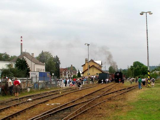 07.09.2008 - Dobruška: 423.0145 před odjezdem prvního z nostalgických vlaků do Opočna, č. 39446 © PhDr. Zbyněk Zlinský