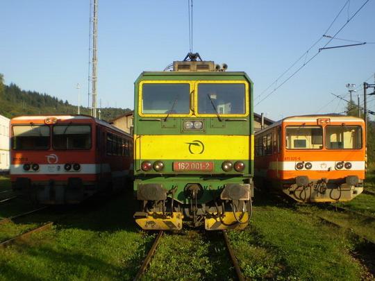 31. 8. 2008 - 811 017, 162 001 a 811 025 Lacko © Marek Kováč