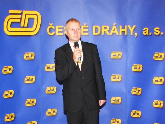 10.10.2008 - Praha-Vršovice: hovoří náměstek generálního ředitele ČD pro správu majetku © PhDr. Zbyněk Zlinský