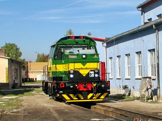 12.10.2008 - CZ LOKO Jihlava: 621-114 pojíždí po areálu © PhDr. Zbyněk Zlinský