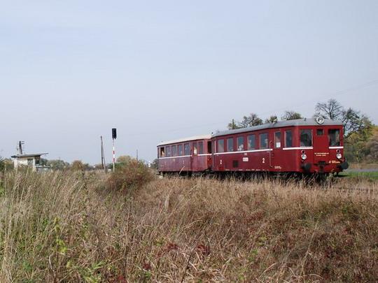 19.10.2008 - Tovačovka: M131.1448 projela kolem hlásky a směřuje do Kojetína © Radek Hořínek