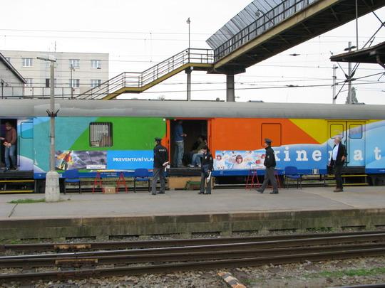 22.10.2008 - Hradec Králové hl.n.: Preventivní vlak v akci © PhDr. Zbyněk Zlinský