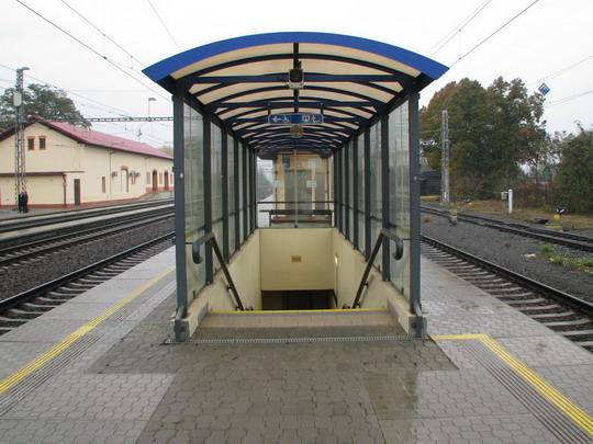 29.10.2008 - Mohelnice: vstup do podchodu © PhDr. Zbyněk Zlinský