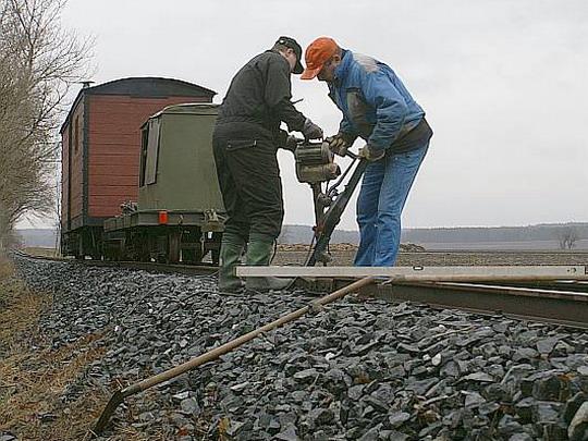 20.12.2008 - Kolínská řepařská drážka: zvážit, zvednout, podbít © Mixmouses
