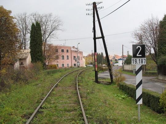 Priecestie P3 - Tabuľka pred priecestím s číslom 2, smerom od stanice, 30.10.2008, © Tomáš Rotbauer