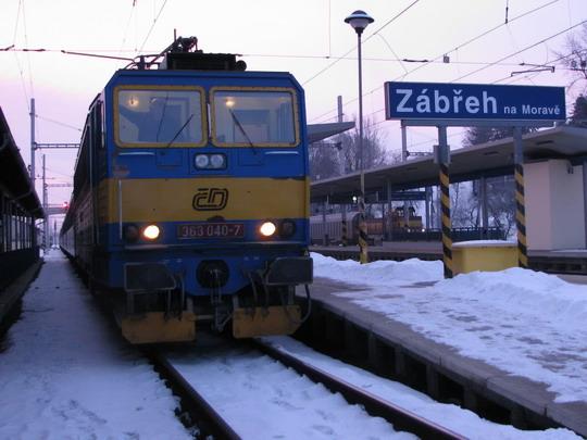 17.01.2009 - Zábřeh n.M.: 363.040-7 přivezla R 903 Brno hl.n. - Jeseník © PhDr. Zbyněk Zlinský