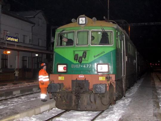 17.01.2009 - Letohrad: EU07-477 před odstoupením z R 252 Wrocław Główny - Praha hl.n. © PhDr. Zbyněk Zlinský