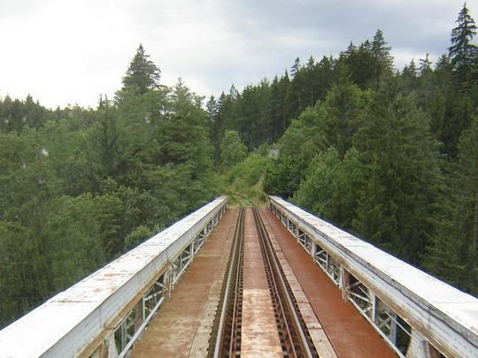 21.7.2008 - Železničný viadukt Červená nad Vltavou z pohľadu strojvedúceho Regionovy © Mgr. R.Kadnár, riso.rds 2009