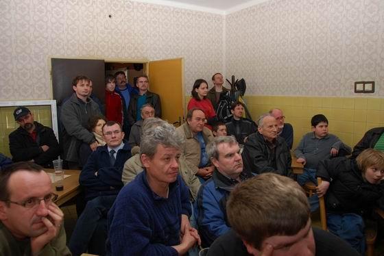 Prednáška Vladimíra Kavčiaka. Poslucháči. 7. 3. 2009 © Ivan Wlachovský