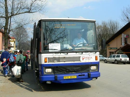 7.4.2009 - Jablunkov: Čekání na příjezd autobusu NAD © Karel Furiš