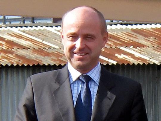 Náměstek generálního ředitele ČD pro provoz Kolář na oslavách v SOKV  Ústí n.L. dne 26.9.2008 © PhDr. Zbyněk Zlinský