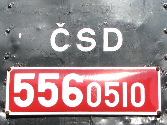 Zkratku ČSD už najdeme jen na historických vozidlech, jako třeba tato 556.051v SOKV Ústí n.L. dne 26.9.2008 © PhDr. Zbyněk Zlinský