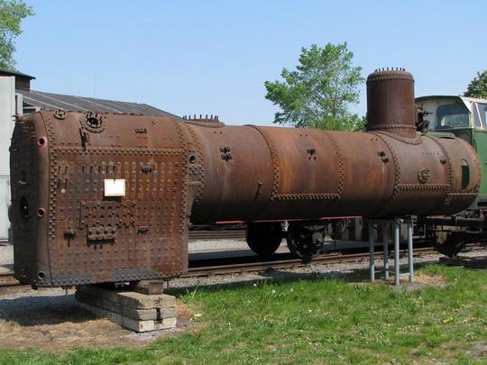 01.05.2009 - Jaroměř: vyvázaný kotel opravované lokomotivy 411.019 © PhDr. Zbyněk Zlinský