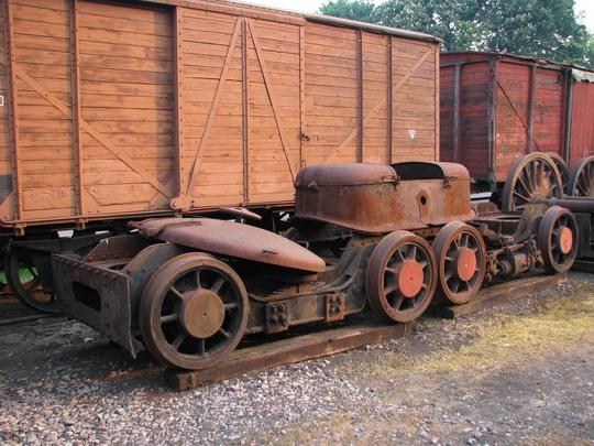 01.05.2009 - Výtopna Jaroměř: části parní lokomotivy řady 464.0 © PhDr. Zbyněk Zlinský