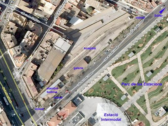 Letecký snímek nádraží FS v Palmě, zdroj: Wikimapia - ZOBRAZ!