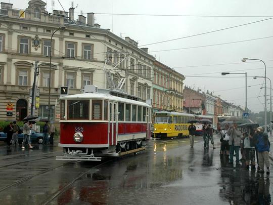 19.06.2009 - Olomouc měst: tramvaje odjíždějí © Martin Blaťák