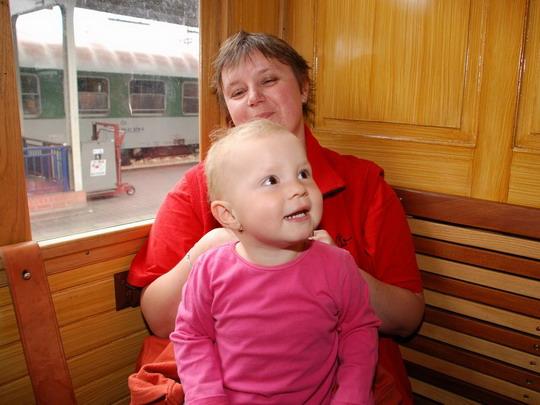 20.06.2009 - další sobotní oslavenkyně Radka s Veronikou  © Radek Hořínek