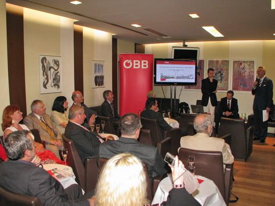 Zahájení prezentace v ÖBB Club Lounge © PhDr. Zbyněk Zlinský